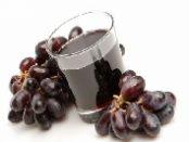 jugos con uvas